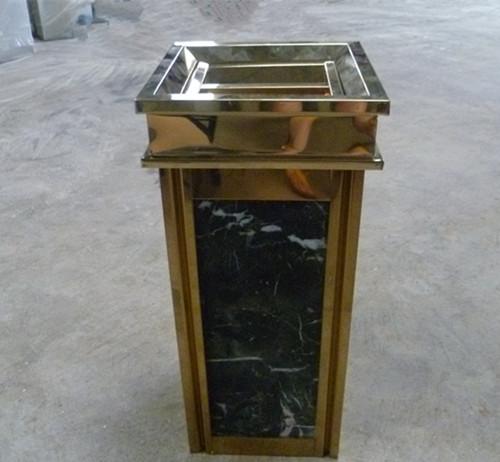 室内方形垃圾桶