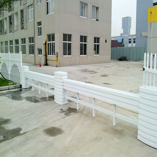 定制防腐PVC花箱
